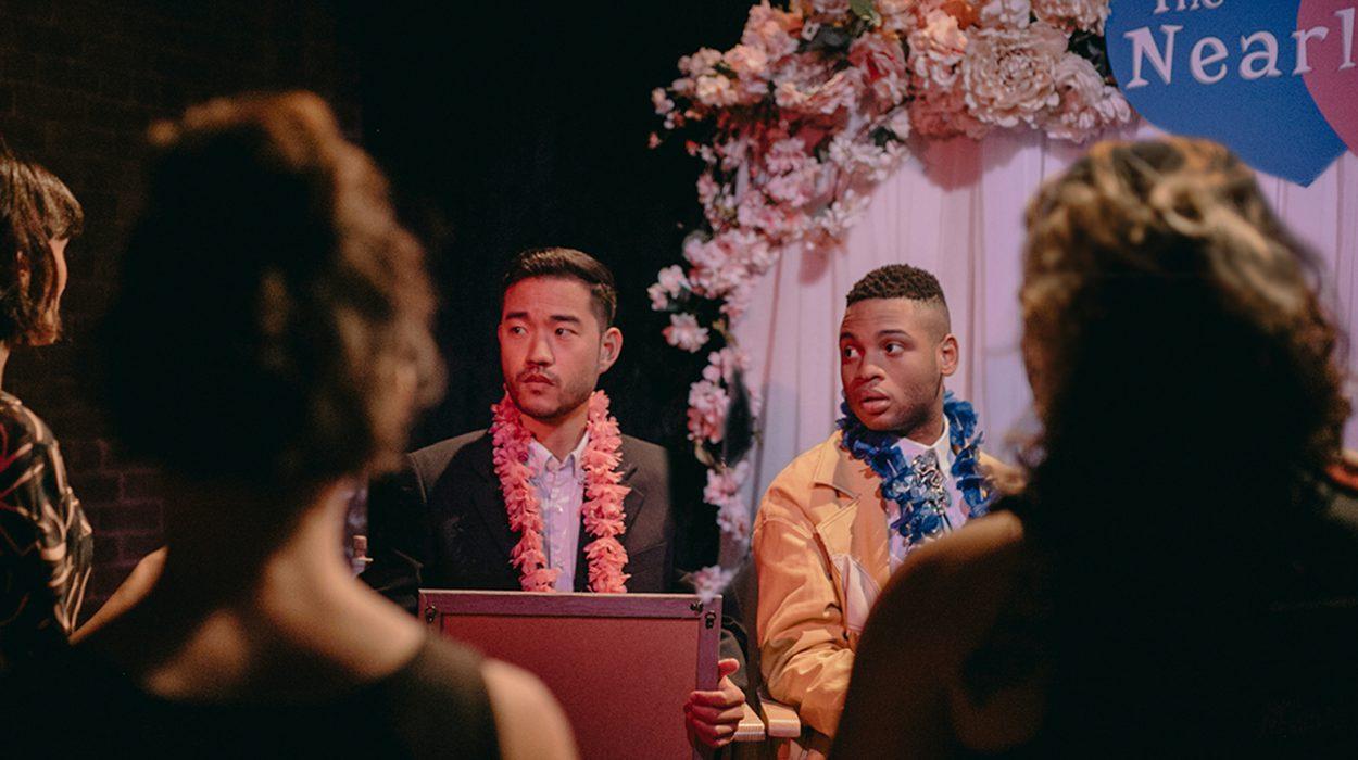 Darren yrittää kosia poikaystäväänsä Elliotia, mutta epäonnistuu, kerta toisensa jälkeen.